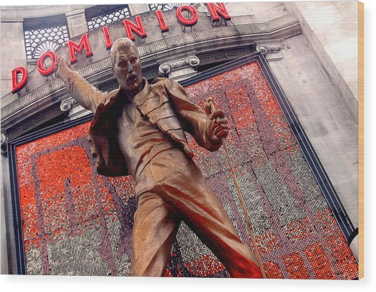 Dominion Queen Wood Print by Jez C Self