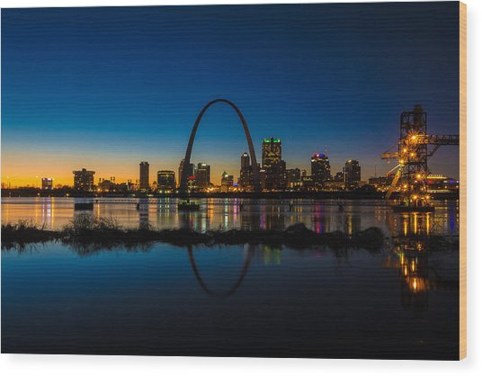 Downtown St. Louis And The Gateway Arch Wood Print