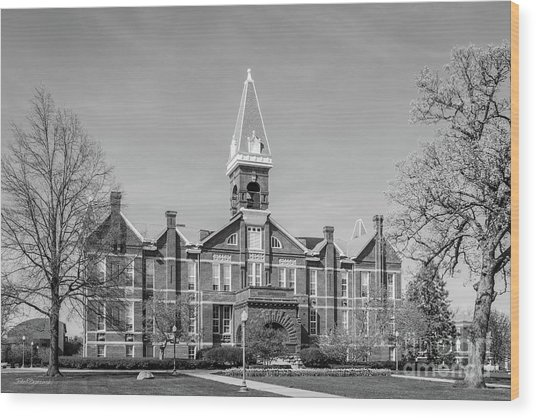 Drake University Old Main Wood Print