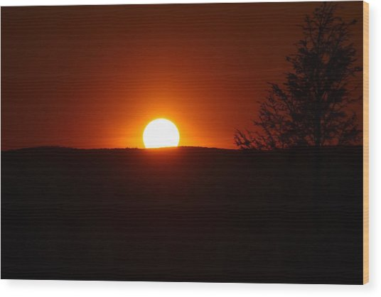 Dramatic Sunset View From Mount Tom Wood Print