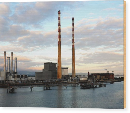 Dublin's Poolbeg Chimneys Wood Print