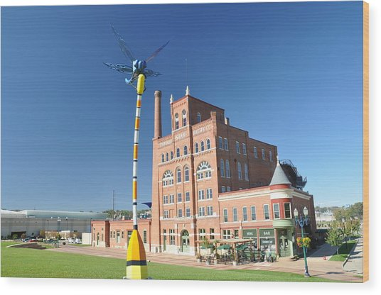 Dubuque Star Brewery With Fly Wood Print