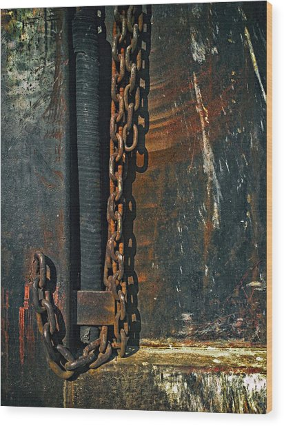 Dump Truck Chain Wood Print by Andrew Wohl