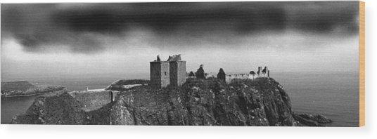 Dunnottar Castle Scotland Wood Print by Donald Buchanan