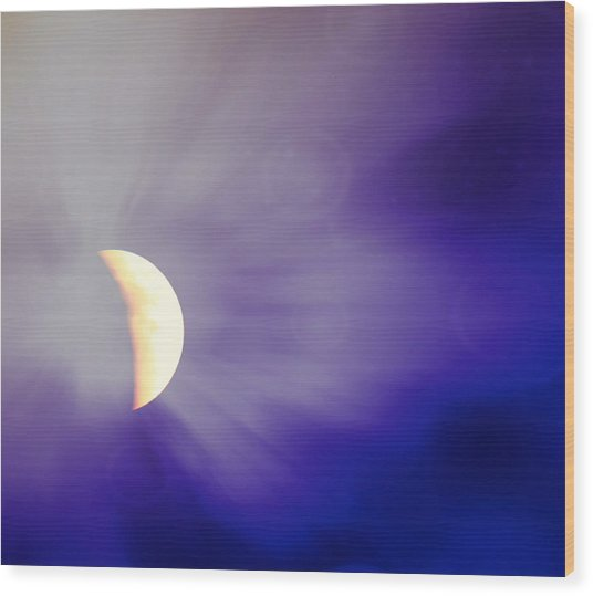 Aries Moon During The Total Lunar Eclipse 3 Wood Print