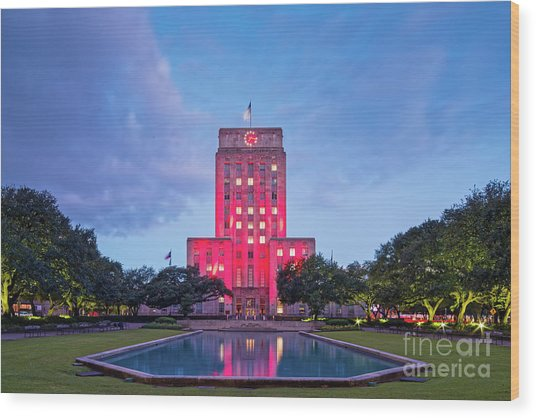 Early Dawn Architectural Photograph Of Houston City Hall And Hermann Square - Downtown Houston Texas Wood Print