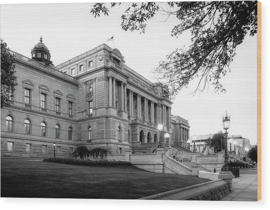 Early Morning At The Library Of Congress In Black And White Wood Print