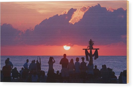 Easter Sunrise Beach Service Wood Print
