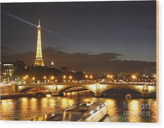 Eiffel Tower By Night Wood Print