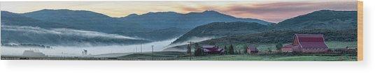 Elk River Fog At Sunrise Wood Print