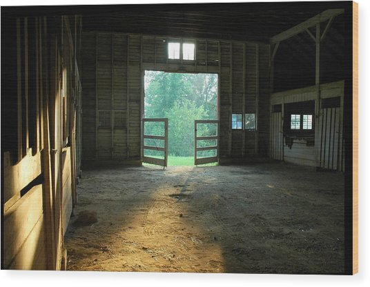 Ellwood Barn 2 Wood Print