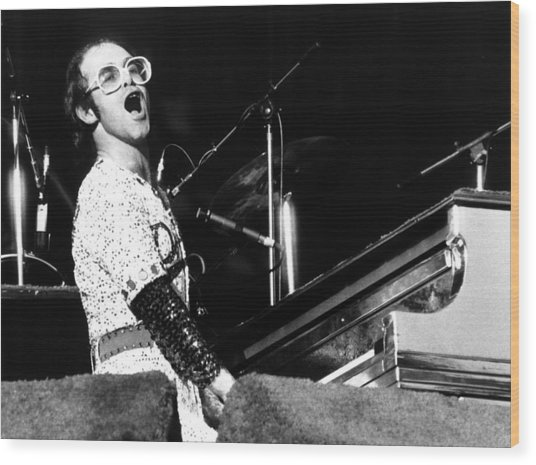 Elton John 1975 Dodger Stadium Wood Print
