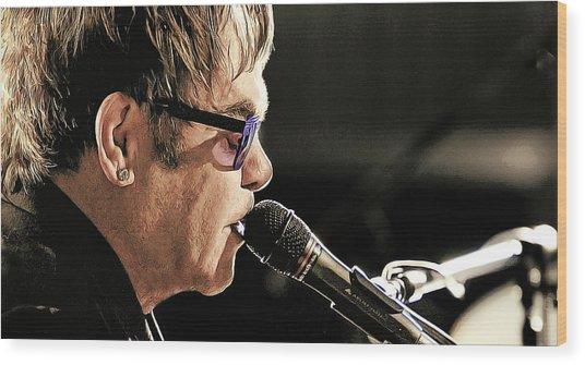 Elton John At The Mic Wood Print