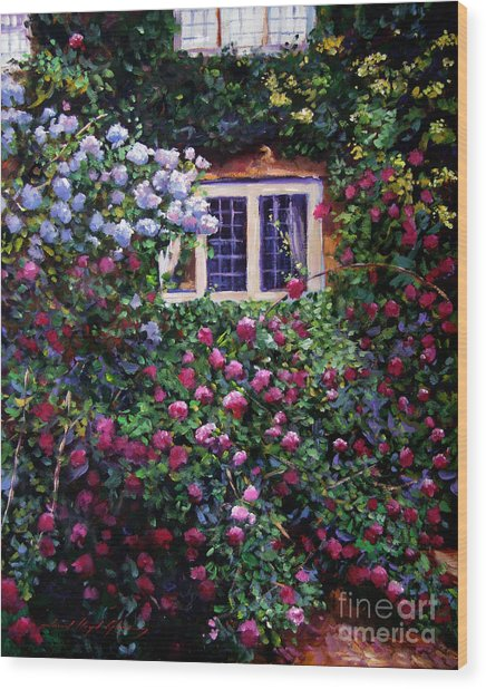 English Manor House Roses Wood Print by David Lloyd Glover
