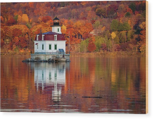 Esopus Lighthouse In Late Fall #2 Wood Print