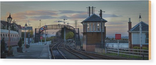 Evening At Bo'ness Station Wood Print