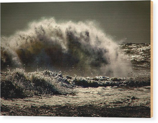 Explosion In The Ocean Wood Print