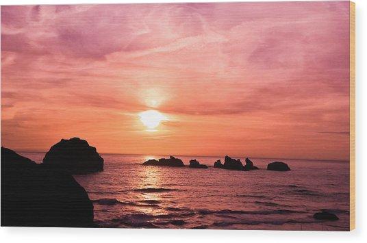 Face Rock Sunset Wood Print