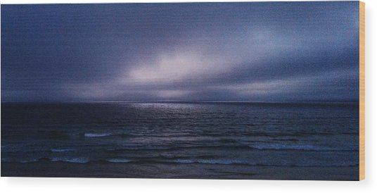 Wood Print featuring the digital art Fading Light by Julian Perry