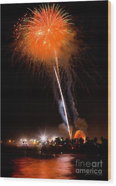 Fireworks As Seen From The Ventura California Pier Wood Print