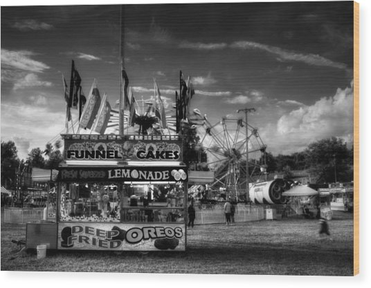 Fair Food In Black And White Wood Print