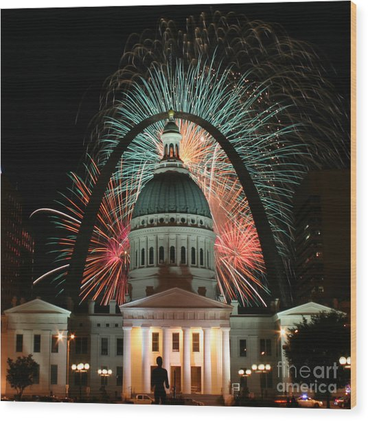 Fair St Louis Fireworks Wood Print by William Shermer