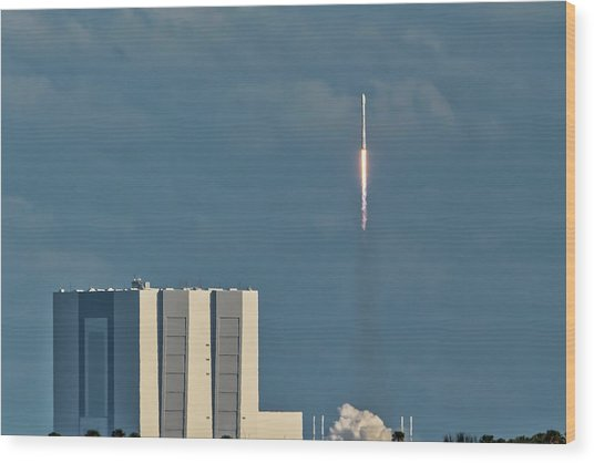 Falcon 9 Launch Wood Print