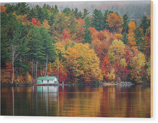 Fall On Lake Winnipesaukee Wood Print