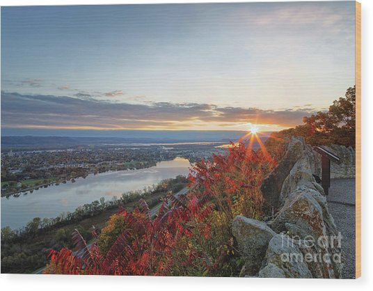 Wood Print featuring the photograph Fall Sunrise At Garvin Heights Winona by Kari Yearous