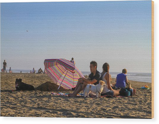 Family At Ocean Beach With Dogs Wood Print