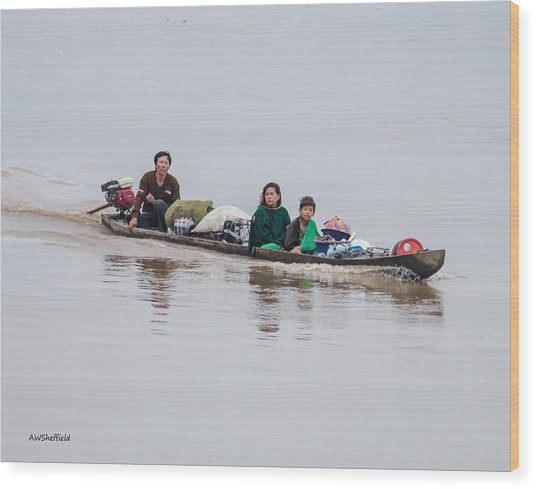 Family Boat On The Amazon Wood Print