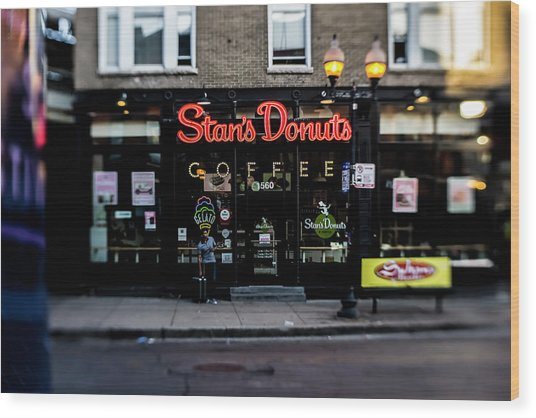 Famous Chicago Donut Shop Wood Print