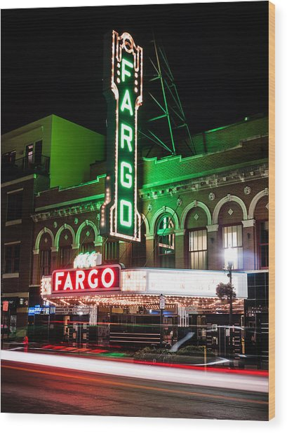 Fargo Nd Theatre At Night Picture Wood Print