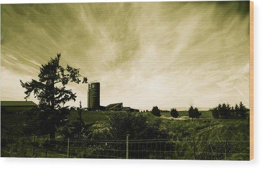 Farm By The Sea Wood Print