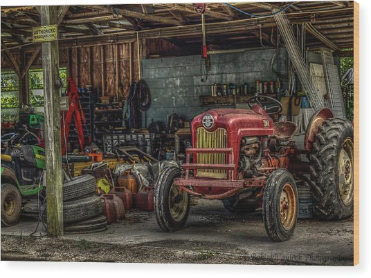 Farmall Tractor - Forever Florida Wood Print