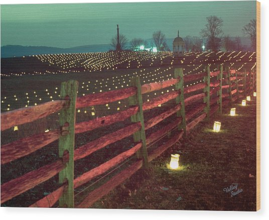 Fence And Luminaries 11 Wood Print
