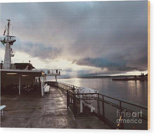 Ferry Morning Wood Print
