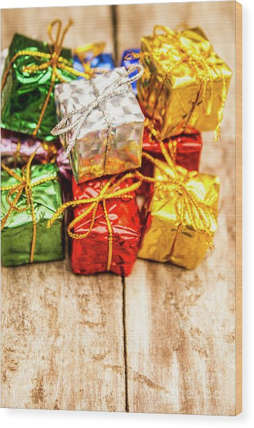 Festive Greeting Gifts Wood Print