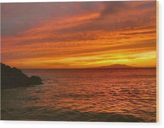 Fiery Makena Sunset Wood Print by Stephen  Vecchiotti