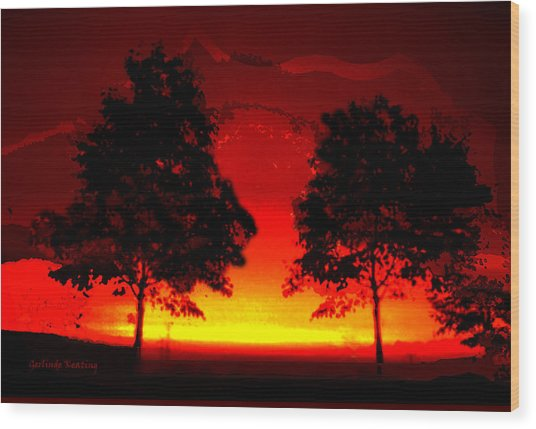 Fiery Sundown Wood Print