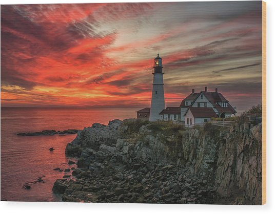 Fiery Sunrise At Portland Head Light Wood Print