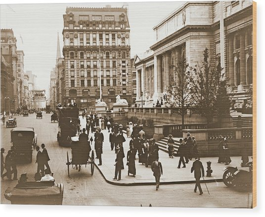 Fifth Avenue And New York City Public Library 1908 Wood Print