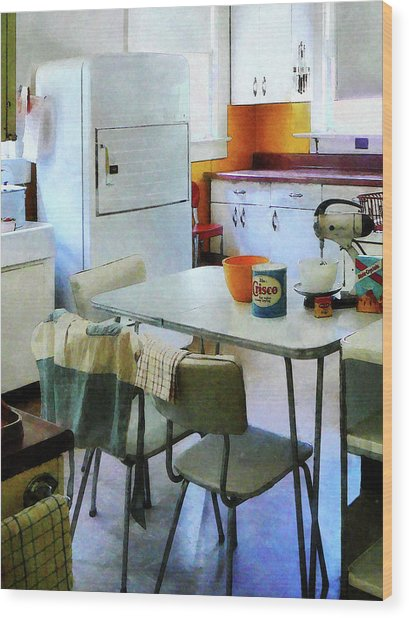 Fifties Kitchen Wood Print