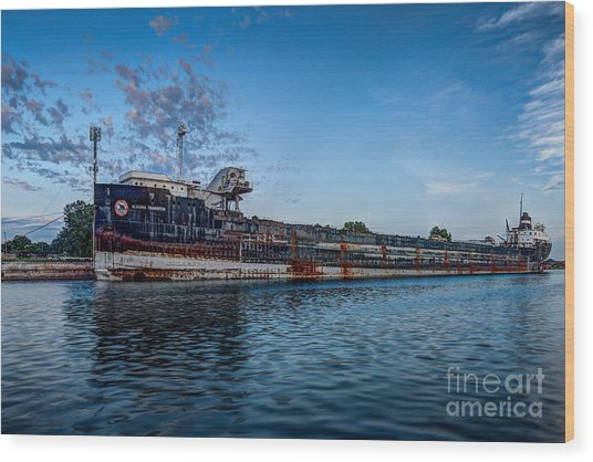 Final Mooring For The Algoma Transfer Wood Print