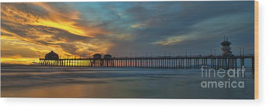 Fire On The Sky - Huntington Beach Pier Wood Print
