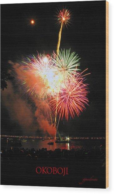 Fireworks At Lake Okoboji Wood Print