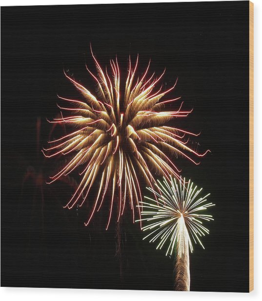 Fireworks From A Boat - 10 Wood Print