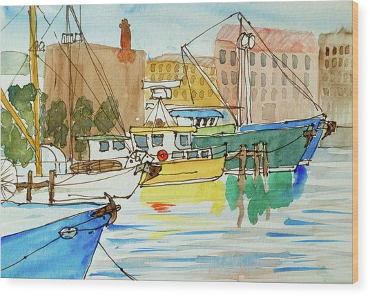 Fishing Boats In Hobart's Victoria Dock Wood Print