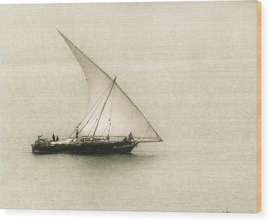 Fishing Dhow Wood Print