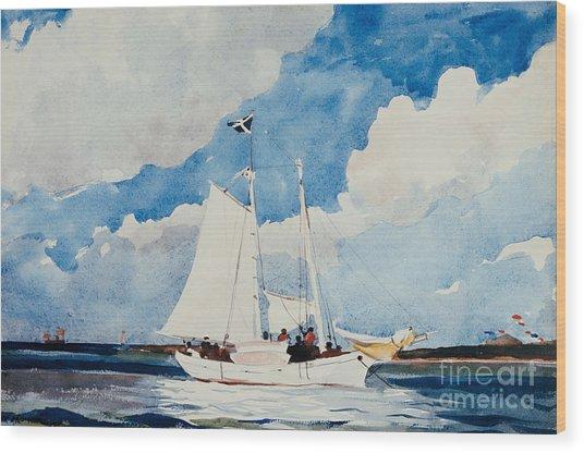 Fishing Schooner In Nassau Wood Print